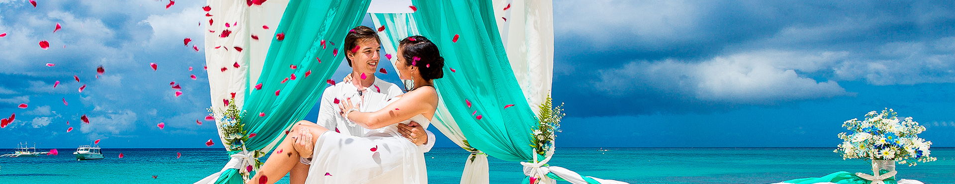 Travel Savvi - Wedding Destinations and Large Group Travel