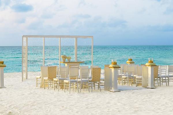 Travel Savvi Wedding Destinations And Large Group Sun Palace Cancun