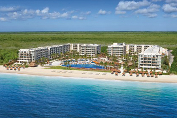 Travel Savvi - Wedding Destinations and Large Group Travel - Dreams Riviera Cancun Resort & Spa