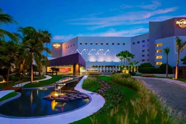 Travel Savvi - Hard Rock Hotel Vallarta