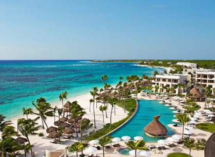 Travel Savvi - Wedding Destinations and Large Group Travel - Secrets Akumal Riviera Maya