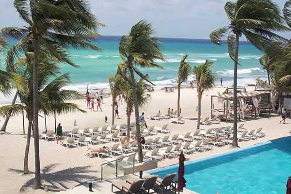 Travel Savvi Wedding Destinations And Large Group Azul Fives Hotel